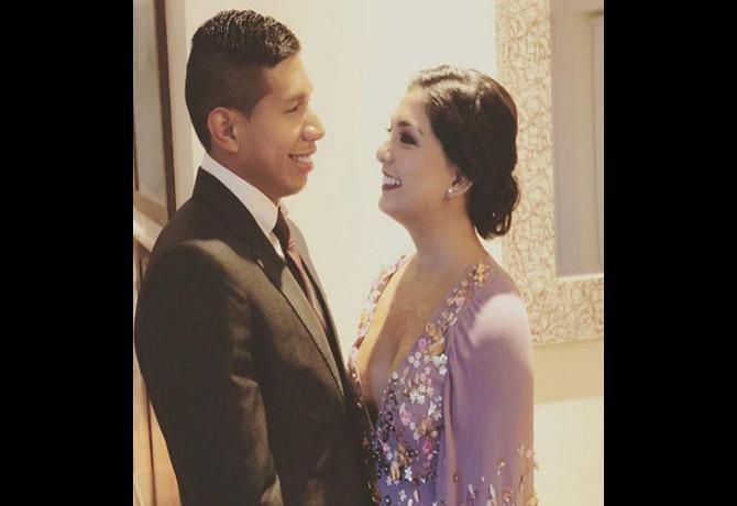 Critican a novia de Edison Flores, esta vez por no publicar fotos con su suegra, y ella contesta con todo.