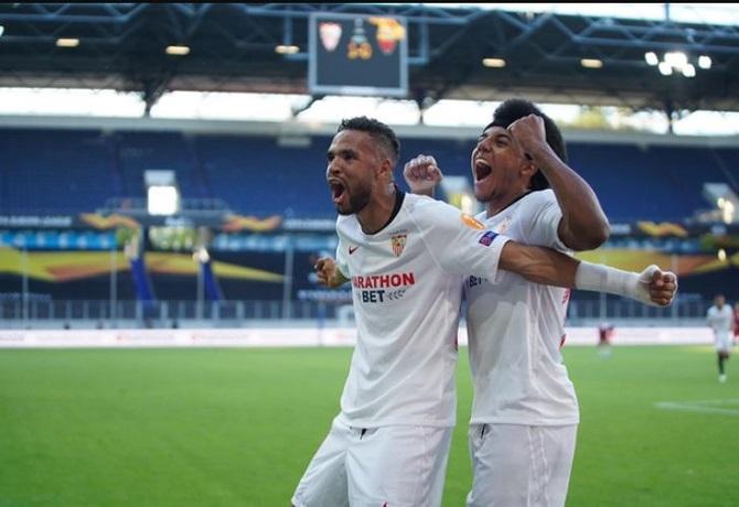 Sevilla clasificó a cuartos de final tras vencer 2-0 a Roma