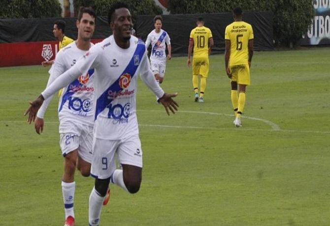 Jugando con 10, Alianza Atlético debutó en Liga 2 venciendo 2-0 a Deportivo Coopsol