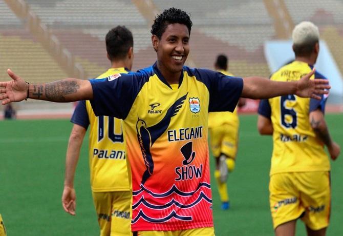 Sport Chavelines debutó en Liga 2 venciendo 1-0 a Unión Comercio con gol de Christian Adrianzén