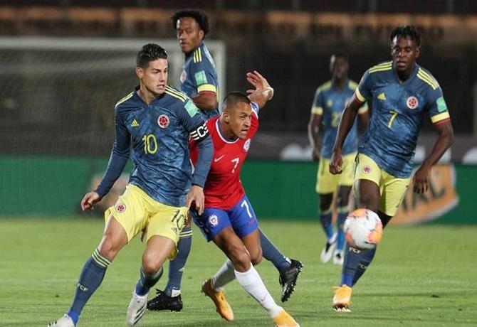 Chile y Colombia igualaron 2-2 en Santiago