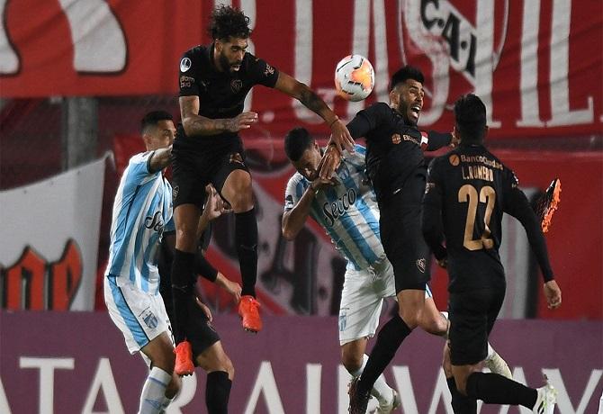 Independiente se impuso 1-0 a Atlético Tucumán en duelo de argentinos