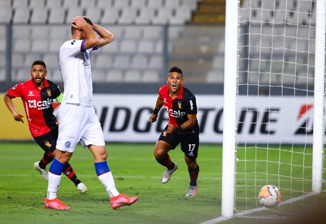 Melgar venció 1-0 a Bahia jugando de local en el Estadio Nacional