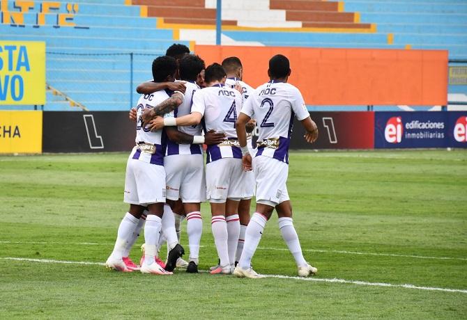 Alianza Lima volvió a ganar luego de siete fechas goleando 4-0 a Melgar
