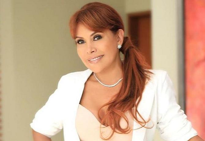 Magaly Medina es criticada por viajar a Miami durante crisis política