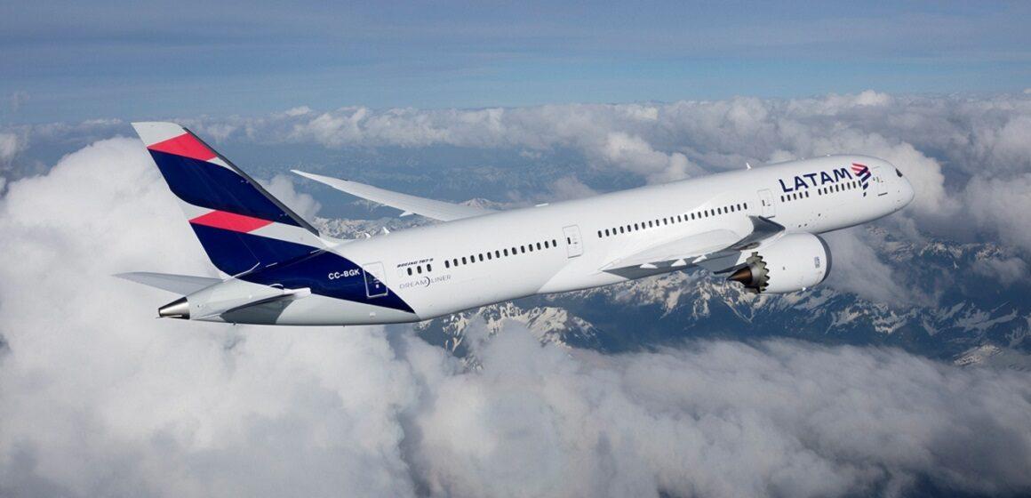 Latam y Latam Perú  deberán devolver pasajes a consumidores de 276 vuelos en 2017