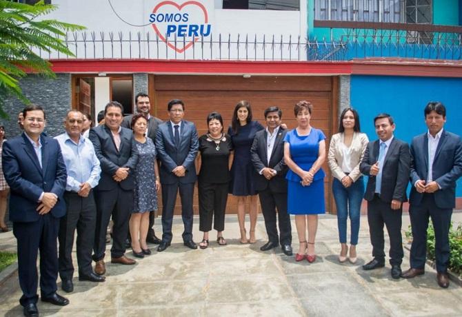 Ex congresistas de Somos Perú piden convocar un referéndum para consultar la elaboración de nueva constitución