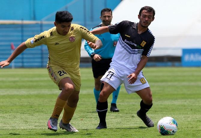 UTC venció 4-2 a Cantolao y sueña con la Copa Libertadores