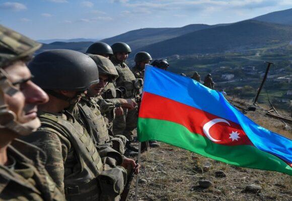 Gobierno azerí anunció la cifra oficial de bajas en la Guerra del Alto Karabaj
