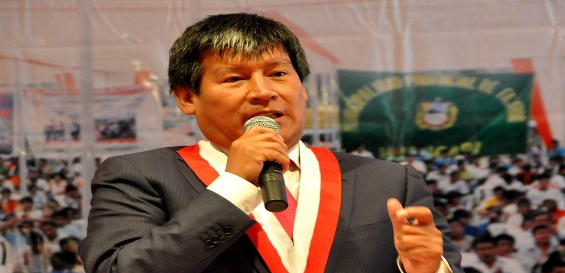 Poder Judicial dictó impedimento de salida del país para Wilfredo Oscorima por 12 meses