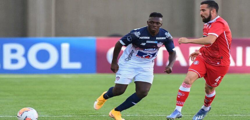 Junior perdió 2-1 en su visita a Unión La Calera pero venció y clasificó al ganar por penales 2-4