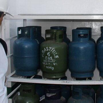 Osinergmin invoca a los usuarios a denunciar a negocios donde no consignen precio actualizado del balón de gas