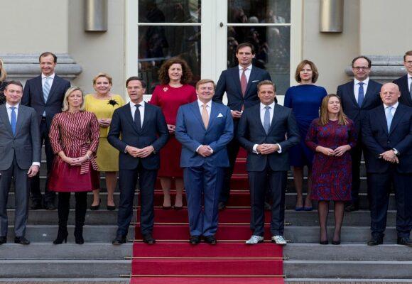 Mark Rutte y su gobierno renunciaron a dos meses de las elecciones en Países Bajos