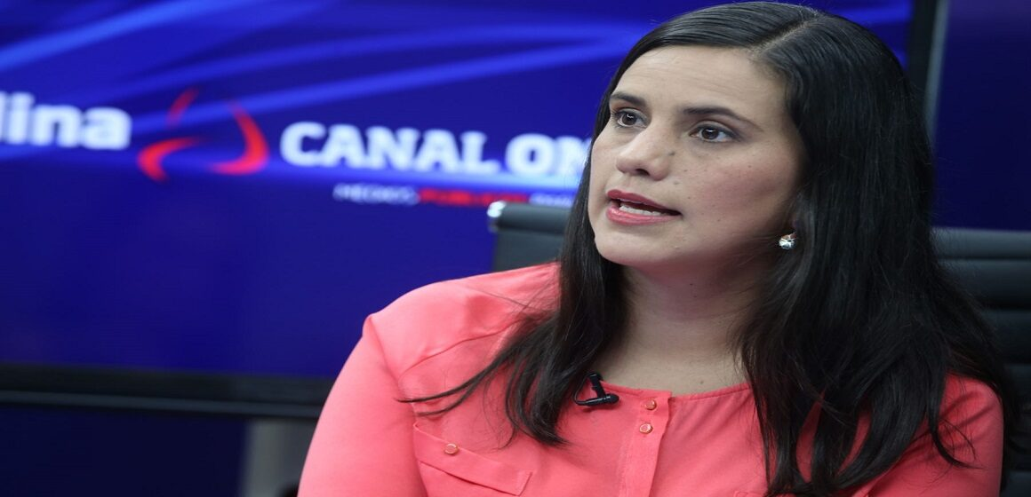 """Verónika Mendoza: """"No permitamos que se imponga la salud como negocio"""""""