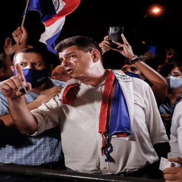 Efraín Alegre, líder opositor paraguayo, salió de prisión tras 20 días encarcelado