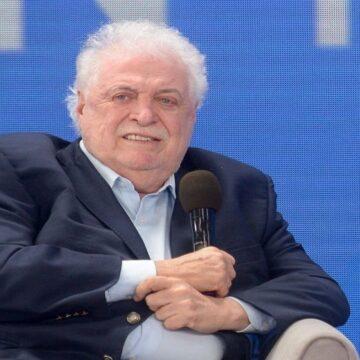 Ministro de Salud argentino fue cesado del cargo por vacunas VIP