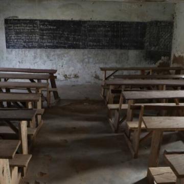 Secuestran a 300 alumnas en escuela de Nigeria