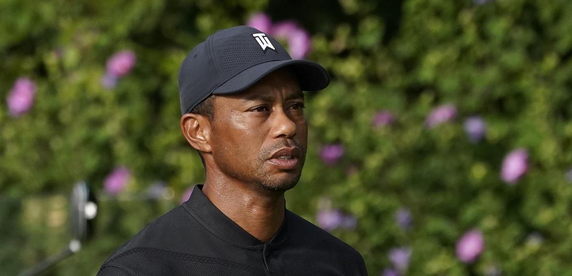 Tiger Woods sufre grave accidente de auto en Los Ángeles