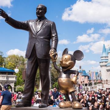 Disney planea cerrar el 20% de sus tiendas físicas en 2021