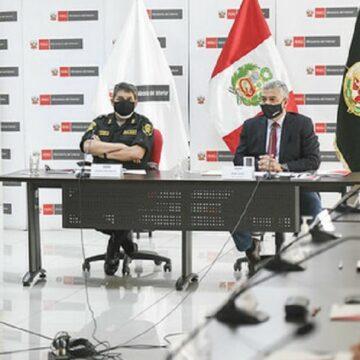 Primer grupo de profesionales del servicio civil que erá factor clave para modernizar la PNP