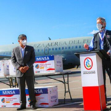 LLegan 44 mil 350 dosis de vacunas contra la COVID 19 de AstraZeneca a Ayacucho