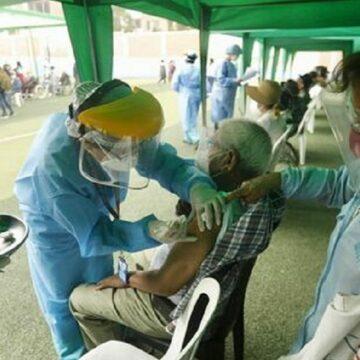 Mas de 23 mil adultos de Lima este son vacunados a partir de hoy