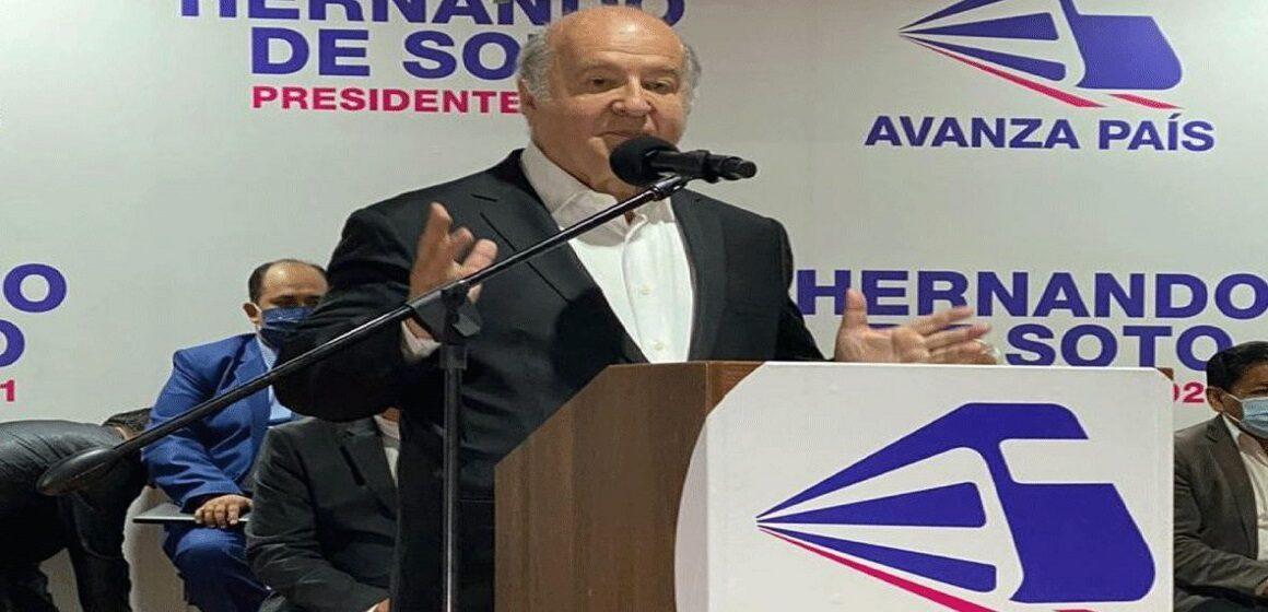 Hernando de Soto anunció su apoyo a Keiko Fujimori en segunda vuelta