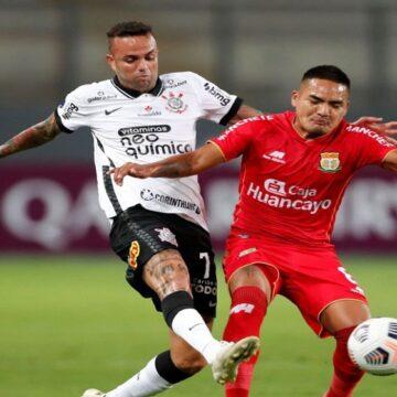 Sport Huancayo fue goleado 0-3 por Corinthians en el Estadio Nacional de Lima