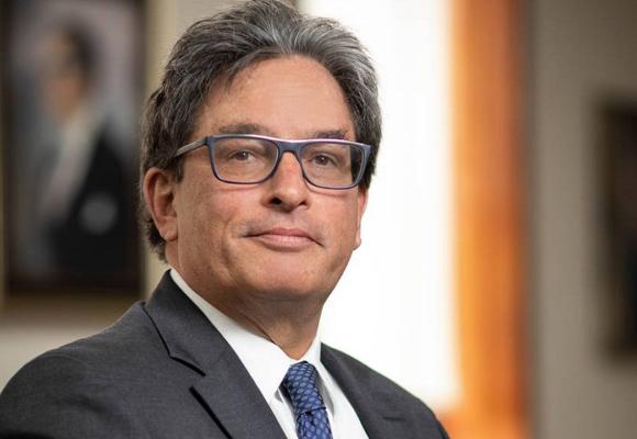 Colombia: renuncia el ministro de Hacienda luego de las masivas protestas