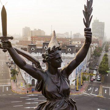 Municipalidad de Lima entregó histórico monumento conmemorativo a la victoria del dos de mayo