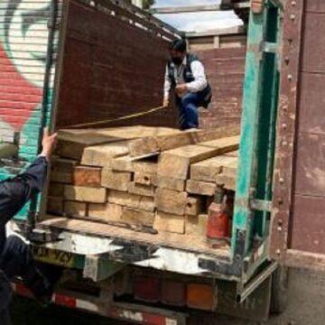 Interviene depósito que almacenaba 21,122 pies tablares sin documentación en Huancayo