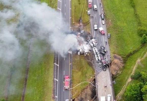 Alabama: mueren 9 niños y un adulto en múltiple accidente vehicular
