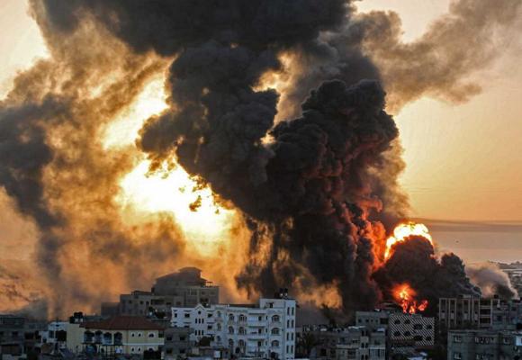Israel bombardea la Franja de Gaza poniendo fin a un alto el fuego
