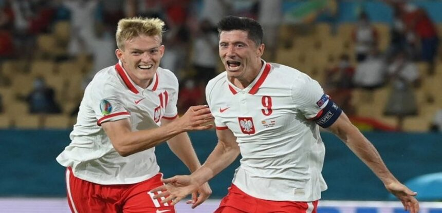 Lewandowski evitó una derrota de Polonia ante España tras marcar el 1-1