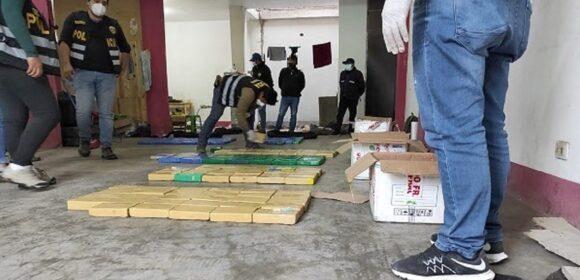 Policía Nacional Incautan más de 230 kilos de droga en Ventanilla