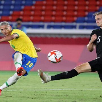 Brasil debutó en las Olimpiadas venciendo a Alemania por 4-2 con Richarlison como figura