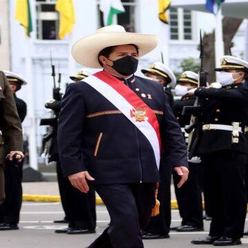 Pedro Castillo juramentó como presidente desde la Pampa de la Quinua en Ayacucho