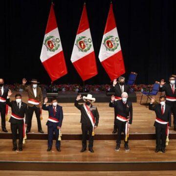 Nuevo gabinete de Guido Bellido juramentó con dos bajas de último minuto