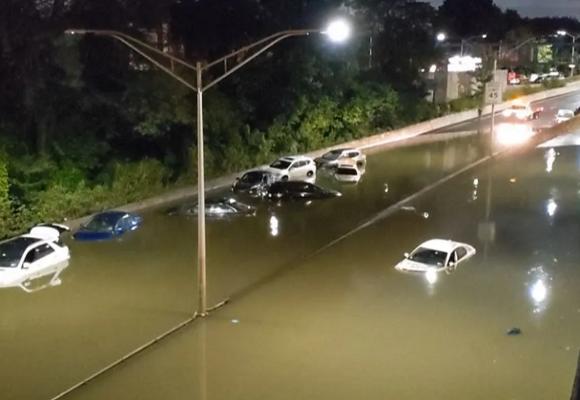 Estados Unidos: ascienden a 48 los muertos por inundación en la costa este
