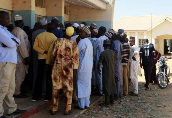 Nigeria: hombres armados secuestran más de 70 alumnos, en su mayoría niñas