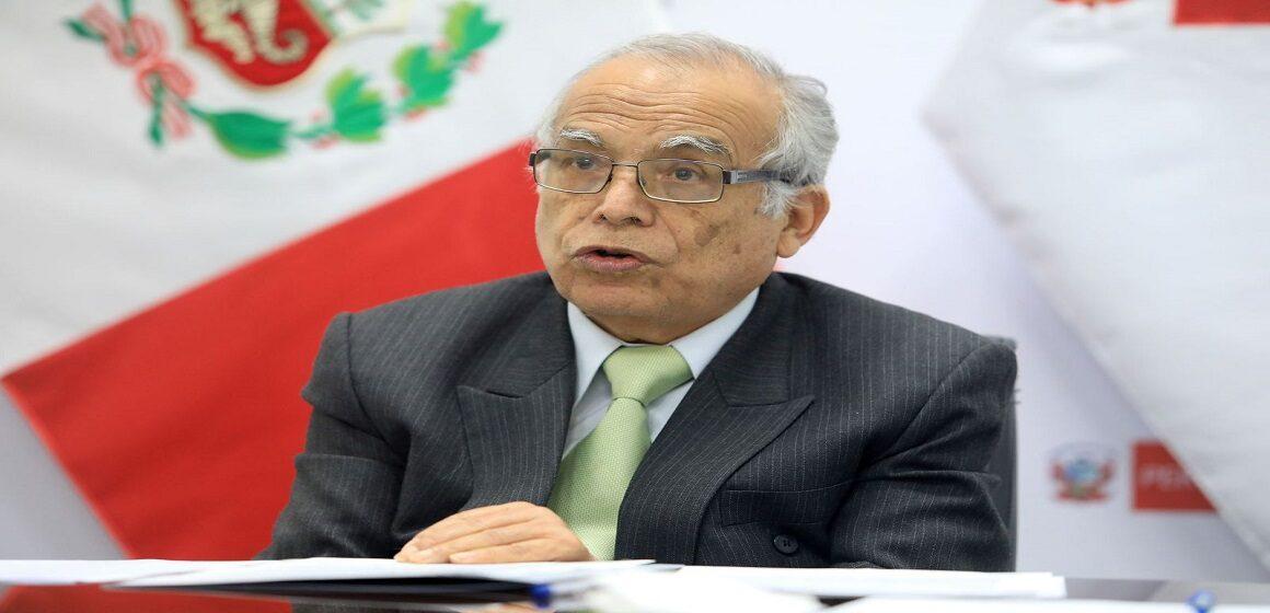 Aníbal Torres solicitó a la Fiscalía la incineración del cadáver de Abimael Guzmán