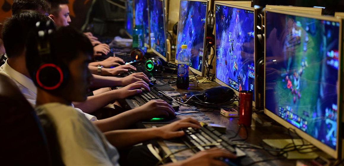 China prohíbe a los menores jugar más de 3 horas a la semana