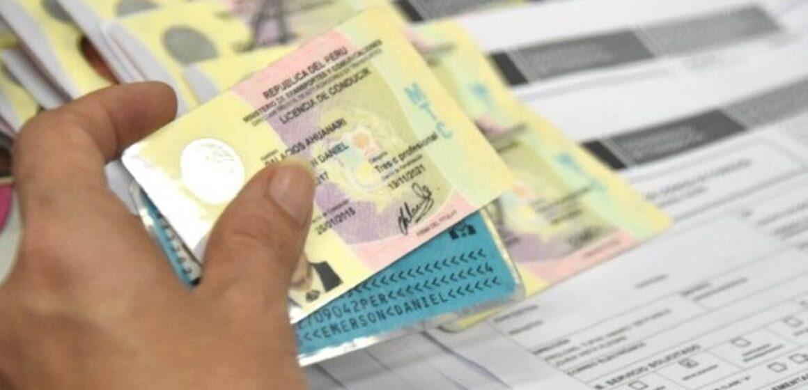 Licencias vencidas hasta el 22 de abril de 2016 deberan sacar una nueva para manejar