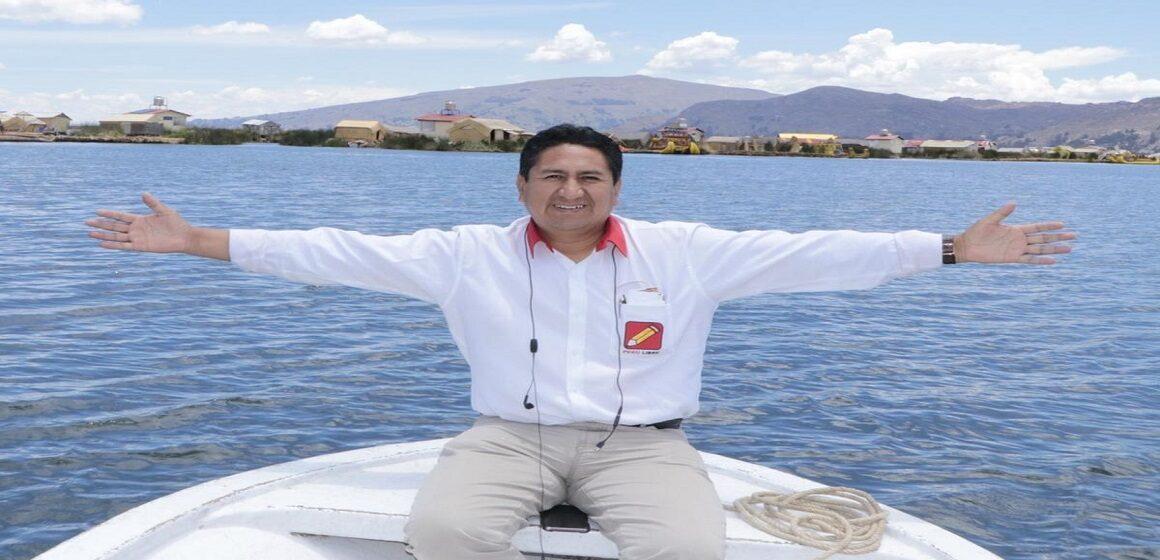 """Vladimir Cerrón sobre Aníbal Torres: """"Siempre fue impulsor de la fractura entre el gobierno y Perú Libre"""""""
