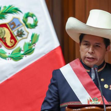 """Pedro Castillo: """"Piensan cambiar el país con un tuit y no es así"""""""