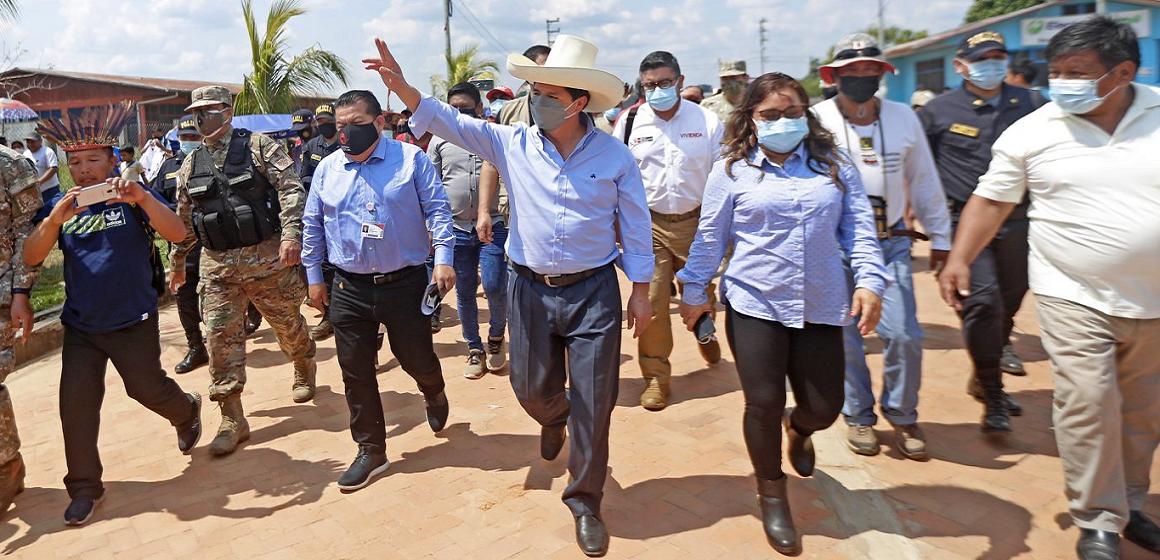 Pedro Castillo llega a Ucayali para inspeccionar avances en obras con autoridades locales