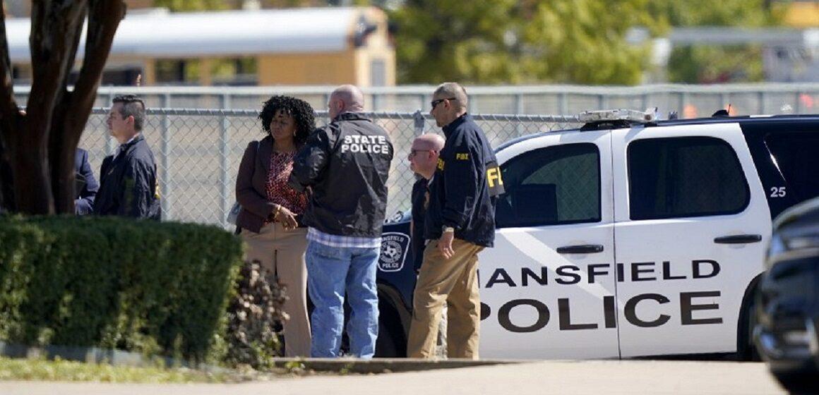 Se produjo tiroteo en escuela secundaria de Texas y se reportan dos heridos de bala