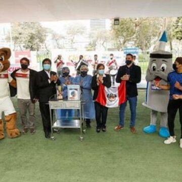 """MINSA presentó el """"Clásico del Vacuna Fest"""" junto a los clubes Alianza Lima y Universitario"""