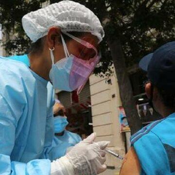 MINSA implementó punto de vacunación inmediaciones de la iglesia Las Nazarenas