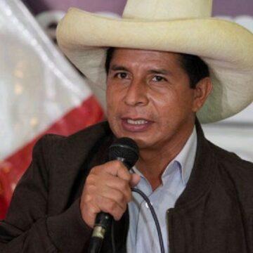 Presidente Castillo se reúne dirigentes de comunidades campesinas y gobernador de San Martín